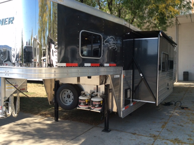 5th Wheel Trailers For Sale >> 2016 Exiss Stock Combo with Living Quarters - August Trailer Sales