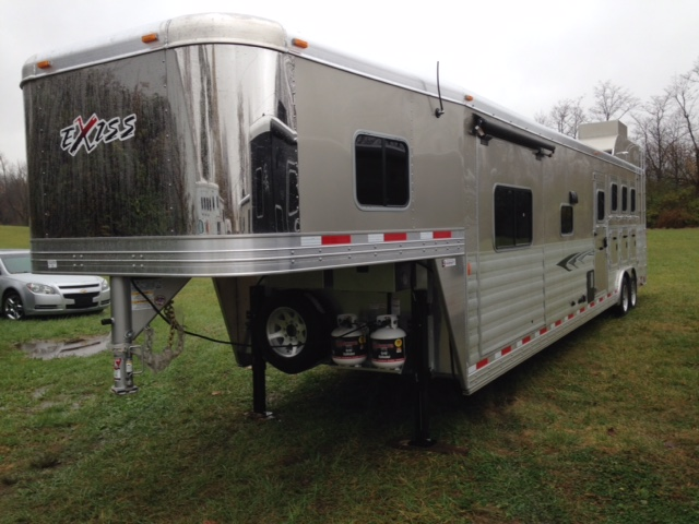 2016 Exiss 4 Horse Trailer With Living Quarters August Trailer Sales