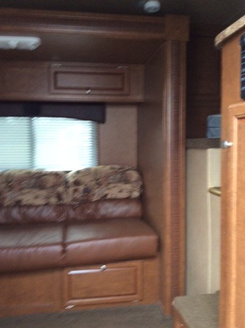 Bison Horse Trailers >> 2013 Bison 4 Horse Trailer with Living Quarters - August Trailer Sales